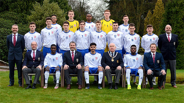 Photograph of The England Schoolboys' Under 18 Squad :: 2016-2017